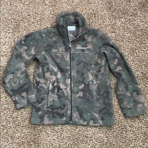 Boys Columbia Camouflage Fleece size Small